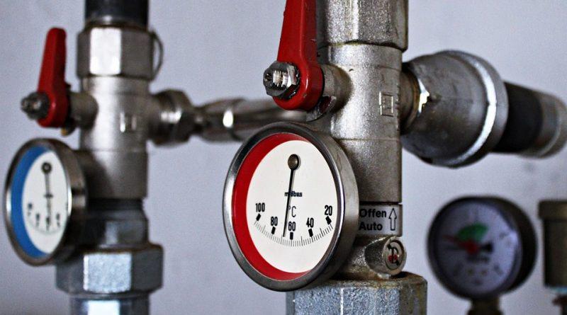 Zawór wody i ciśnieniomierz